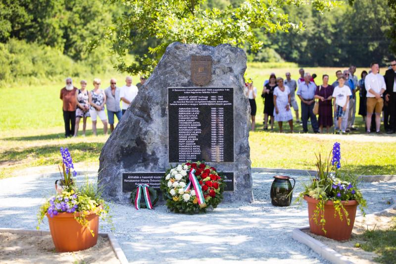 Felavatták a Communitas Fortissima emlékművet Kercaszomoron